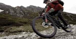 Mountain bike MTB skills cornering loose trails