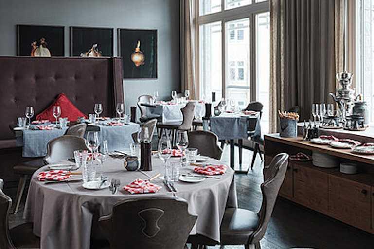Davos_AmeronHotel_restaurant_01_01