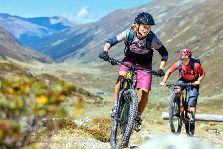 PACKAGES - Davos - Bike Academy Davos - Womens enduro