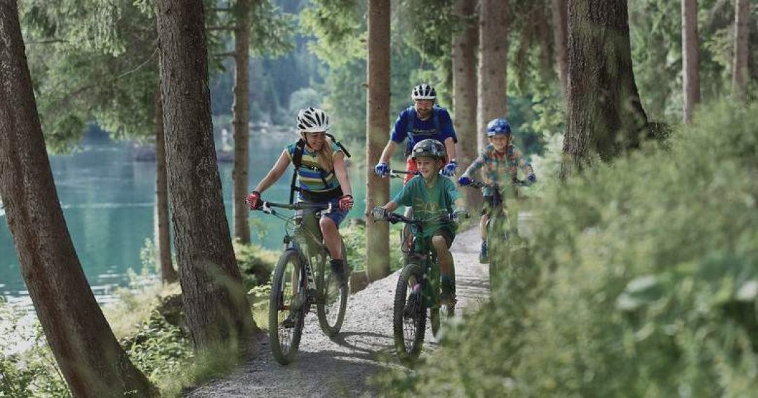 ARTICLE - FE - Family bike holiday easy